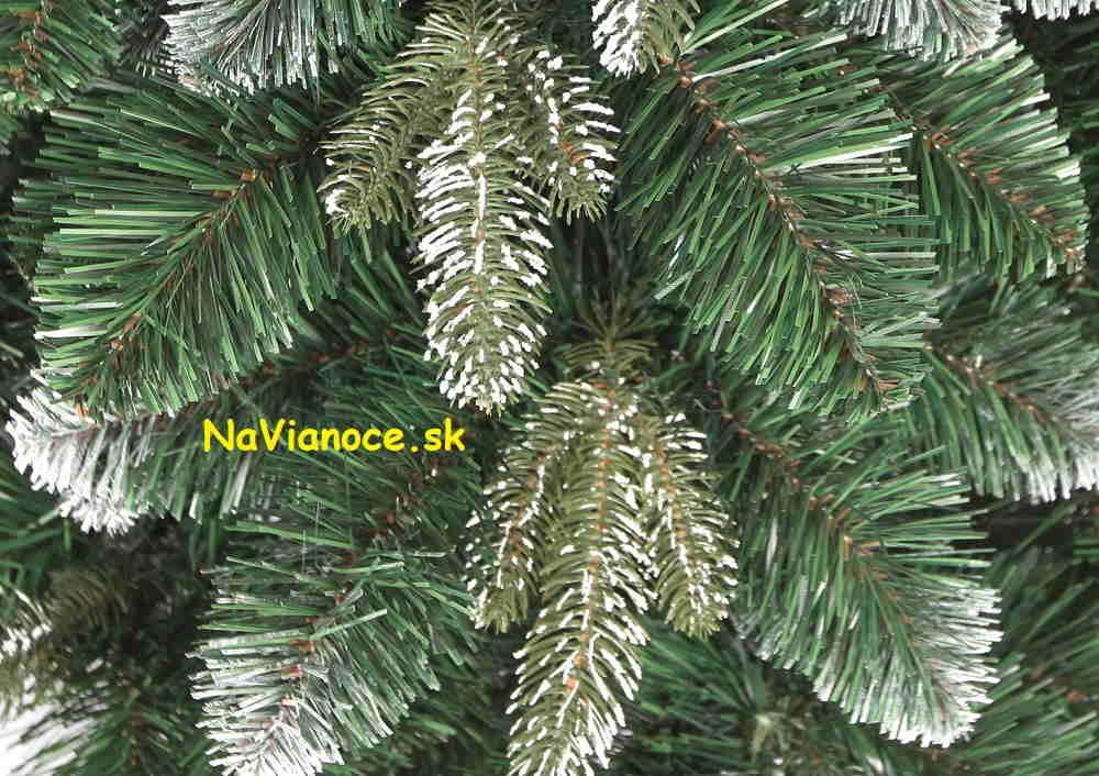 snehové vianočné stromčeky 3d ihličie