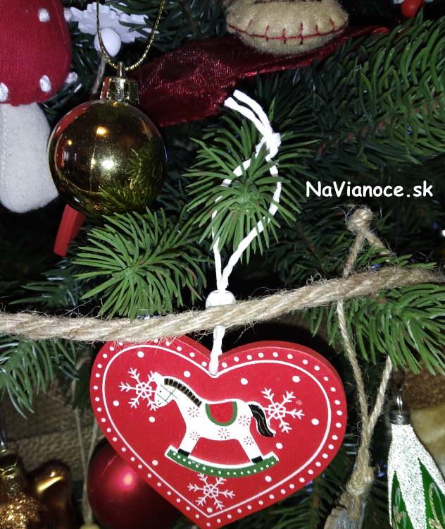 elegantne-3d-umele-vianocne-stromceky-ozdobene