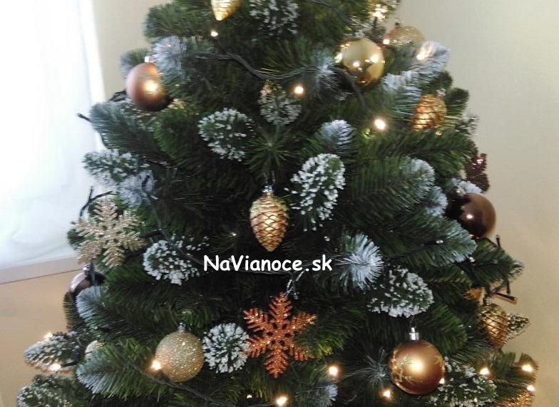 zasnezeny-maly-biely-vianocny-stromcek-150-cm