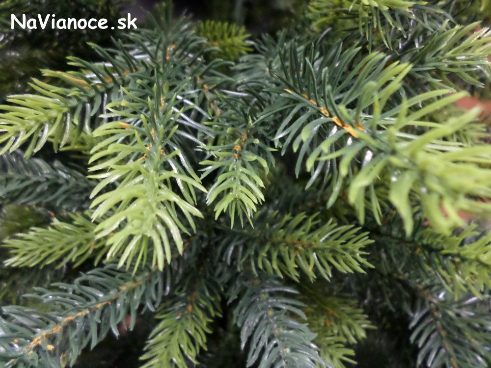 cele-3d-vianocne-stromceky