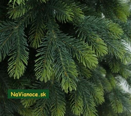 uzky-vianocny-stromcek-3d-vianoce