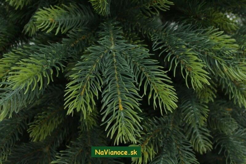 vianocne-stromceky-3d-tuje-vianoce
