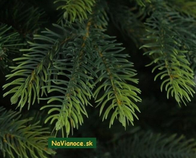 vianocny-stromcek-3d-tuja-vianoce