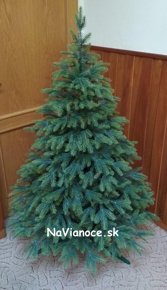 moderny-3d-maly-umely-vianocny-stromcek-150-cm