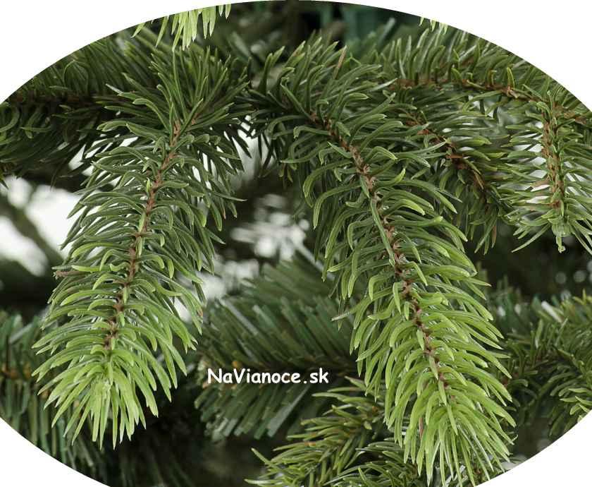 hustý vianočný stromček 3d