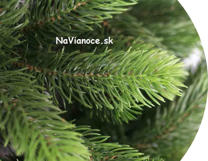 veľký vianočný stromček trojrozmerné 3d ihličie