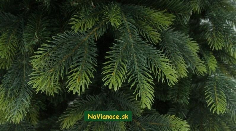 vianočný stromčeky full 3d