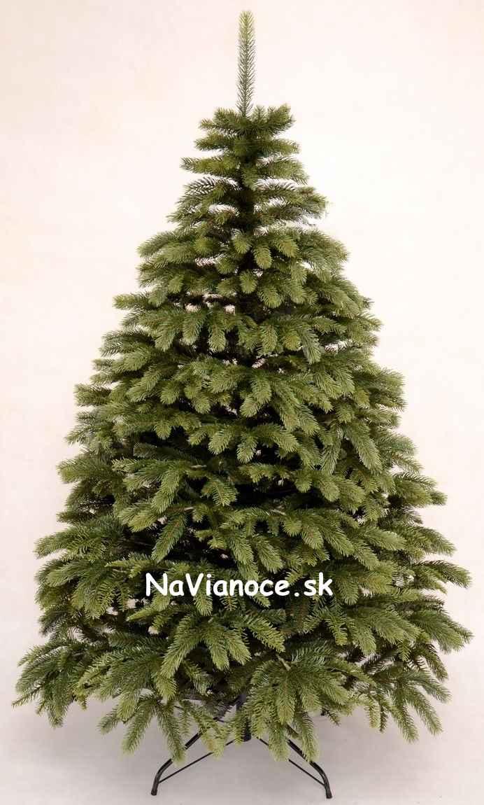 vianočný hustý stromček