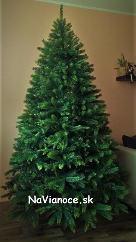 vianočný stromček moderný 3d hustý 150 cm