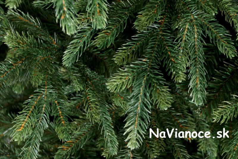 vianočný stromček nesymetrický realistický tvar, trojrozmerné 3d ihličie
