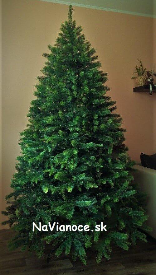 vianočný stromček umelý extra hustý