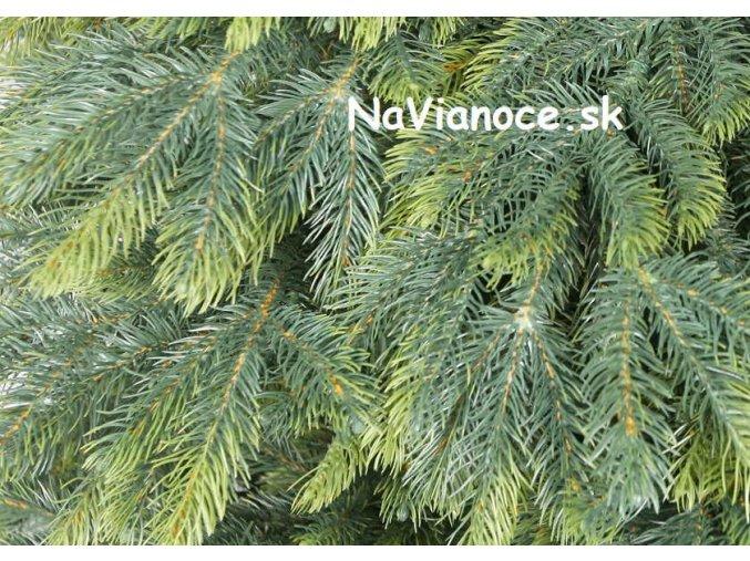 vianočný stromček umelý full 3d