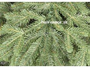 vianočný 3d reálny stromček