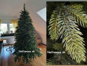 moderny luxusny umely vianocny stromcek 3d ihlicie