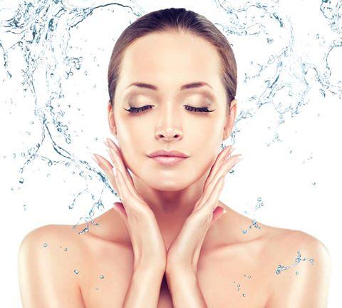 Máte suchou pokožku? Kyselina hyaluronová s tím poradí.
