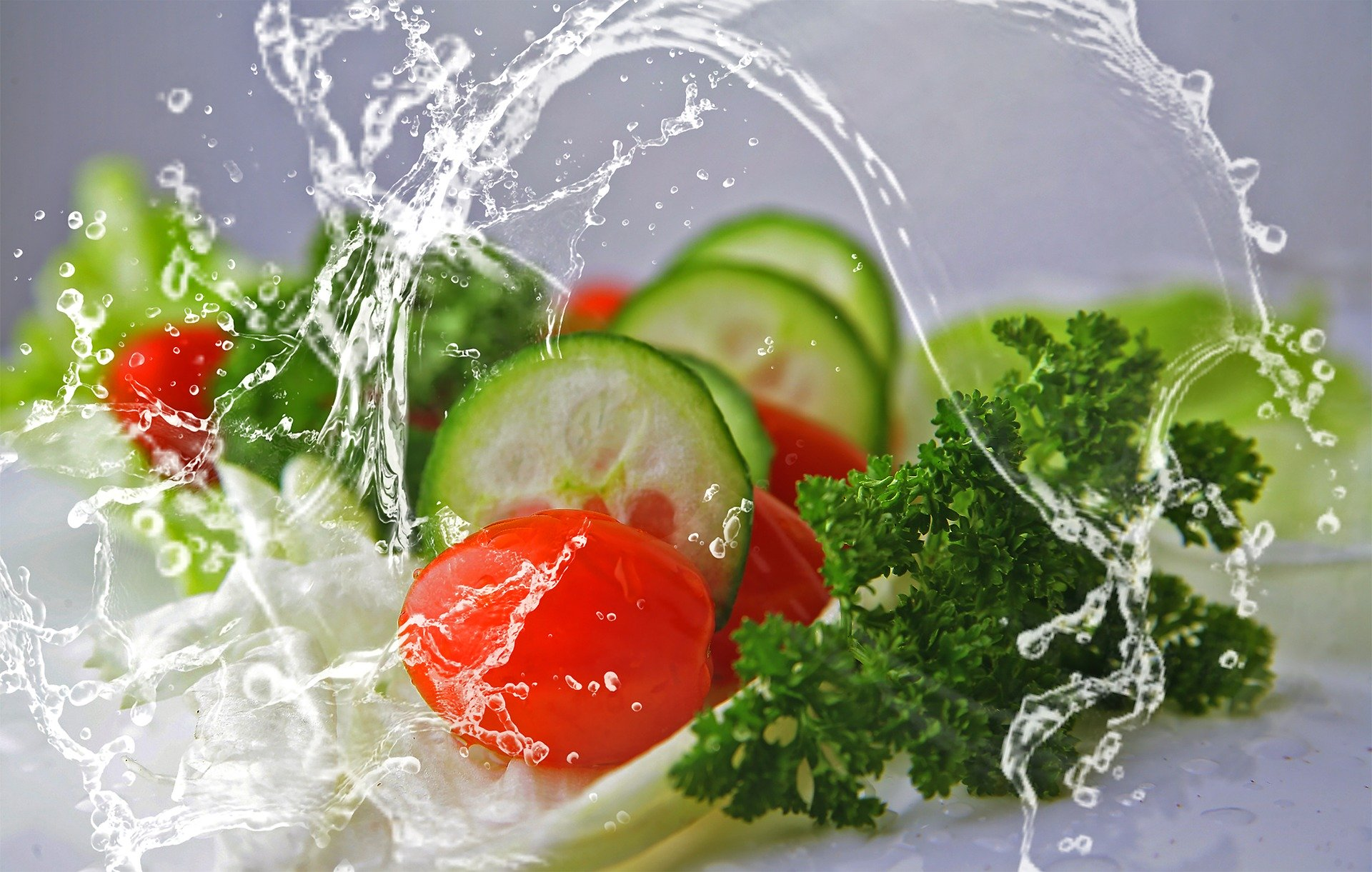 Příčiny zadržování vody v organismu a způsoby odvodnění