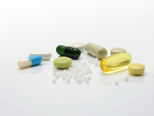 Můžu užívat kyselinu hyaluronovou společně s léky?