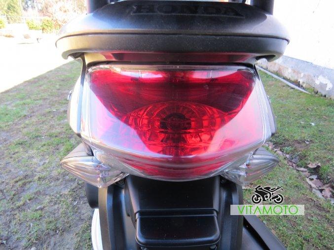 Honda PCX 125 - světlo zadní