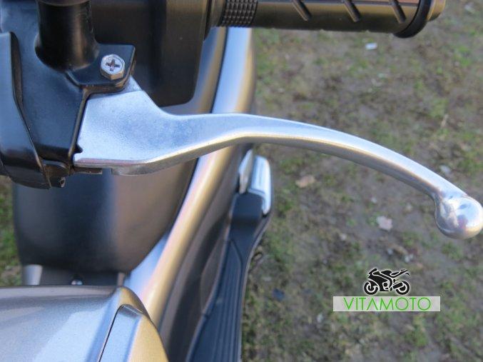 Honda PCX 125 - levá páčka
