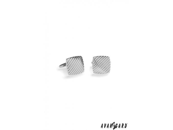 Stříbrné lesklé manžetové knoflíčky s rytým sešikmeným vzorem