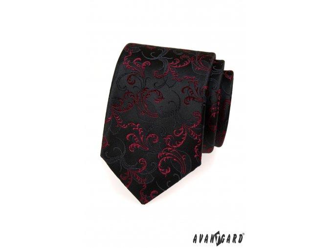 Černá kravata s květovaným vzorem