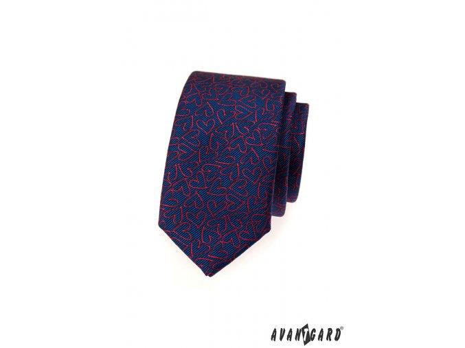 Tmavě modrá slim kravata s červenými srdíčky
