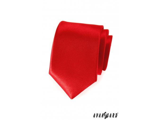 Červená luxusní kravata bez vzoru