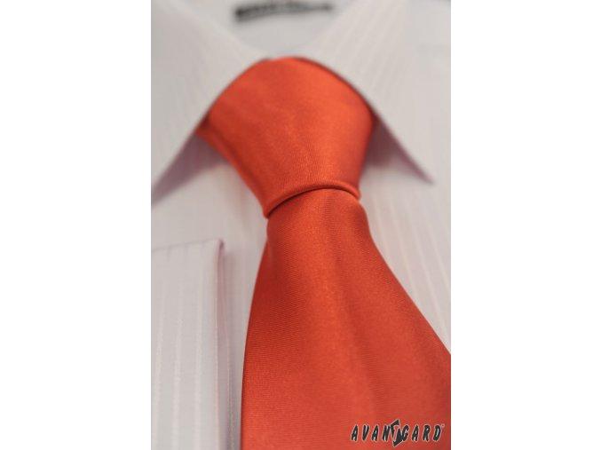 Červená jednobarevná lesklá kravata