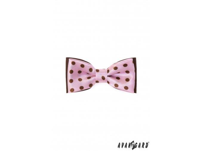 Růžový dětský motýlek s hnědými tečkami