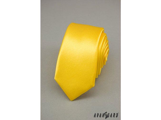 Sytě žlutá jednobarevná jemně lesklá SLIM kravata