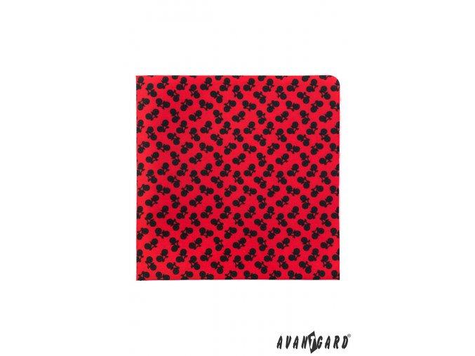 Červený kapesníček s černými koly