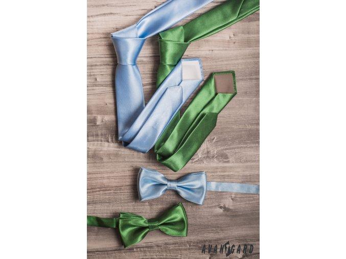 Velmi světle modrá jemně lesklá jednobarevná luxusní kravata