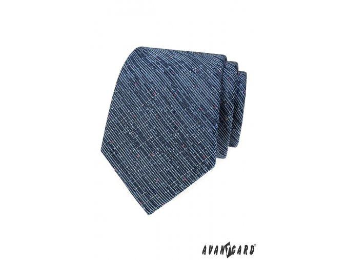 Modrá kravata se žíhaným vzorem