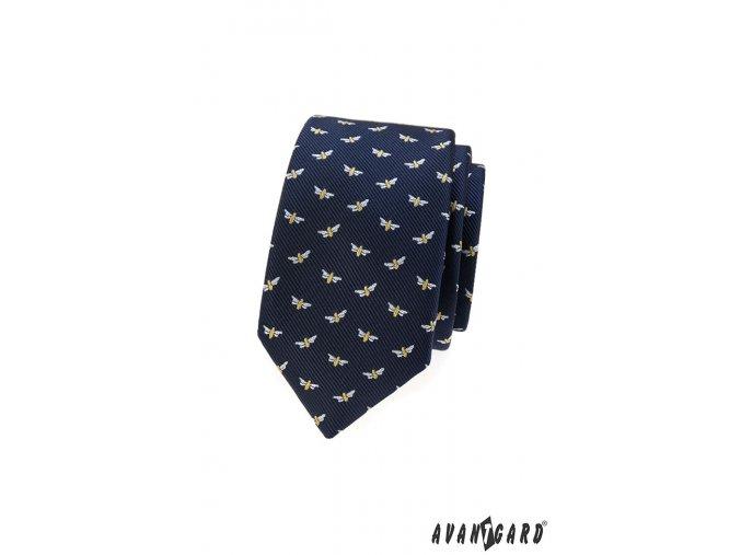 Tmavě modrá slim kravata s malými vážkami