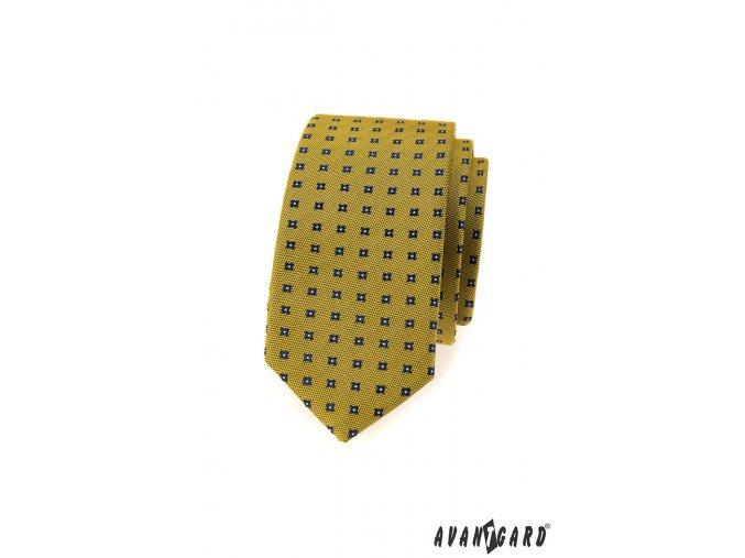 Žlutá matná kravata s tmavým vzorem