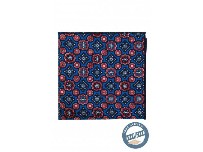 Modrý kapesníček s červeným vzorkem