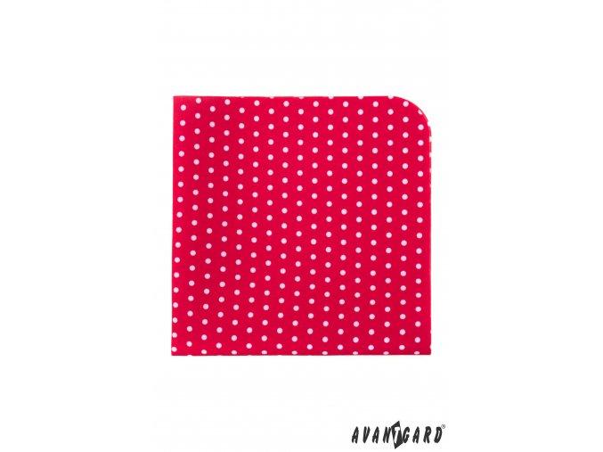Červený luxusní kapesníček s bílými puntíky