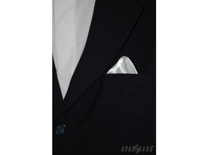 Bílý jednobarevný kapesníček