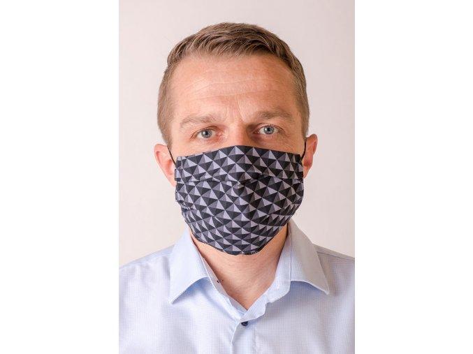 Šedá vzorovaná pánská ochranná rouška na obličej s kapsou, dvouvrstvá, skládaná (s gumičkami)
