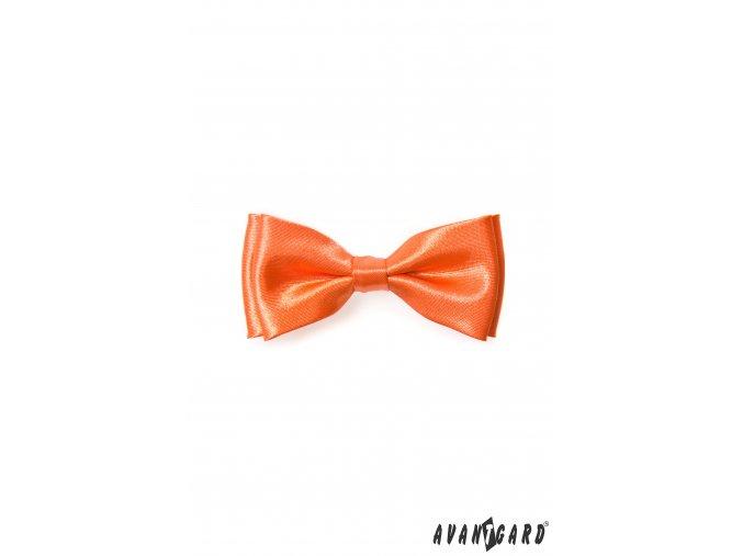 Oranžový chlapecký motýlek