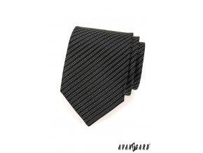 Černá kravata s tmavými pruhy