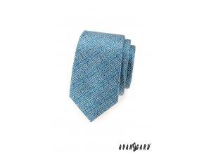 Světle modrá slim kravata s velmi jemným proužkovaným vzorem