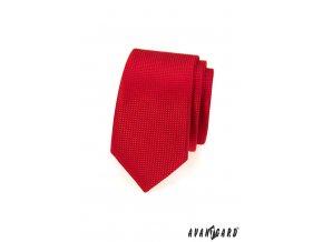 Červená jemně vroubkovaná slim kravata
