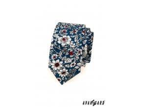 Modrá slim kravata s výraznými bílými květy
