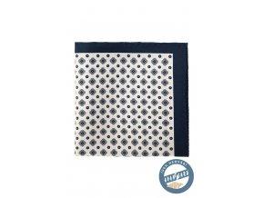 Bílý kapesníček s modrým vzorem a hrubým okrajem