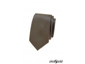 Hnědá slim kravata se zlatým vzorem