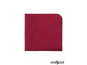 Červený kapesníček s modrými kvítky