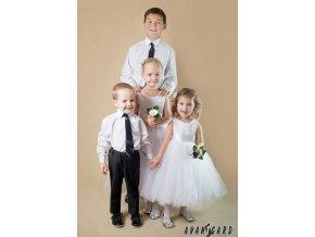 Černá chlapecká jemně lesklá kravata bez vzoru