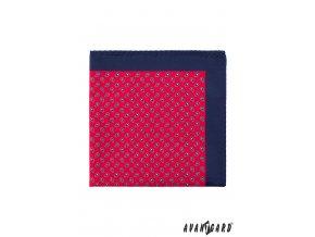 Červený kapesníček s modrým okrajem