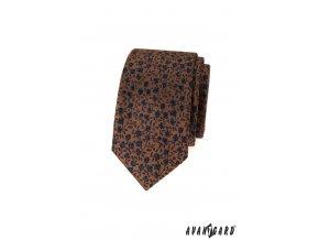Hnědá luxusní slim kravata s modrými květy